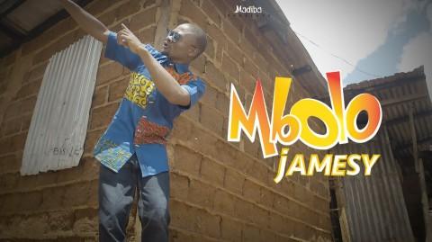 #bikutsi  Jamesy nous présente le clip de son single 'mbolo'