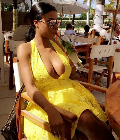 La go la plus hot du showbizz camerounais en 17 looks : Coco Emilia a.k.a @biscuitdemer