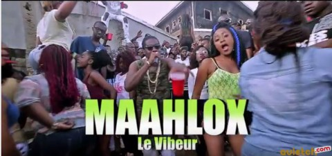 'Tu Es Dedans' avec Maahlox Le Vibeur dans son nouveau clip