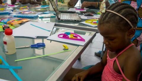 Langa Le Nde Bia : Les enfants à l'école de la connaissance