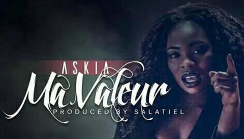 """Askia reconnait sa valeur dans son nouveau clip : """"Ma Valeur"""""""