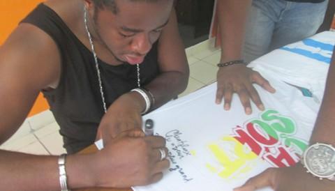 Maahlox Le Vibeur fait le sassayé sur Jumia ce vendredi