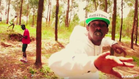 """""""Tout Est Ok"""", Venum a sorti un nouveau clip dans les rues de Yaoundé"""