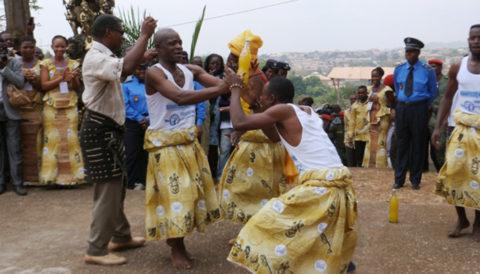A la découverte de 8 danses traditionnelles enpays Bassa au Cameroun