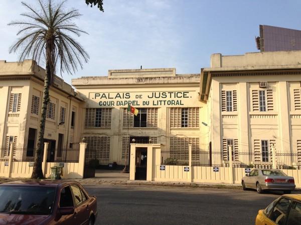 palais de justice de douala