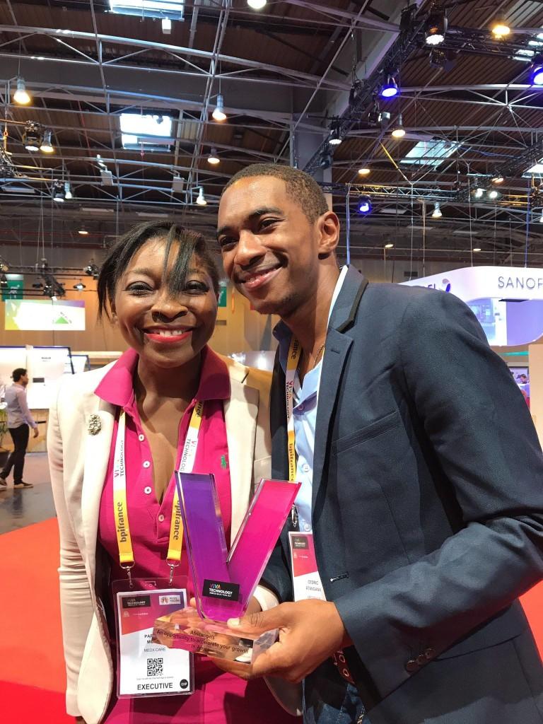 Patricia Monthe & Cédric Atangana au salon Viva Technology à Paris. ©. Twitter