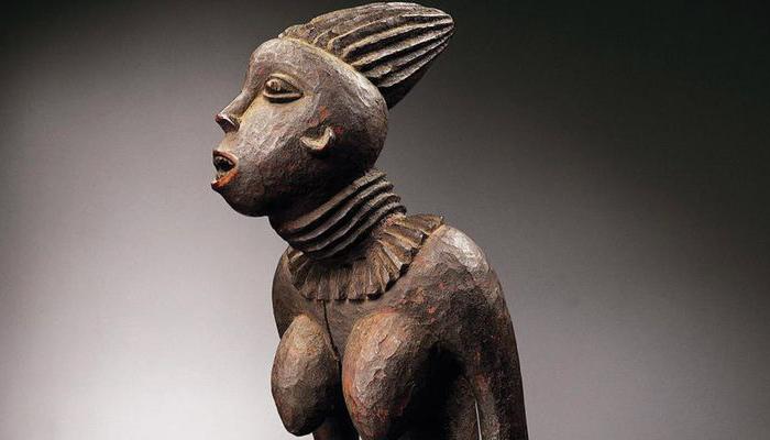 Bangwa Queen, statue